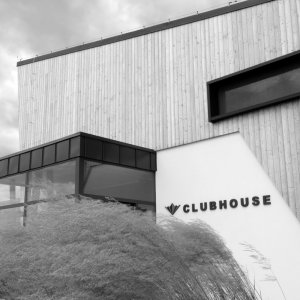 CLUBHOUSE GOLF